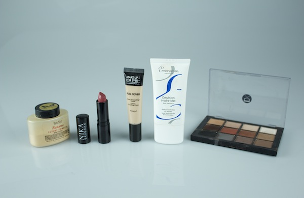 an-au-naturel-matte-makeup-look_products_600c390