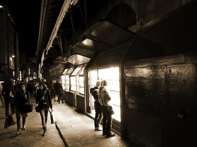 Artigianato, pelletteria e carta: i prodotti tipici da comprare a Firenze