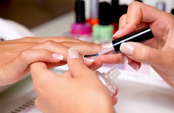 tecniche ricostruzione unghie