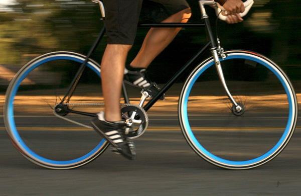 The Pros and Cons of Riding Fixed Gear