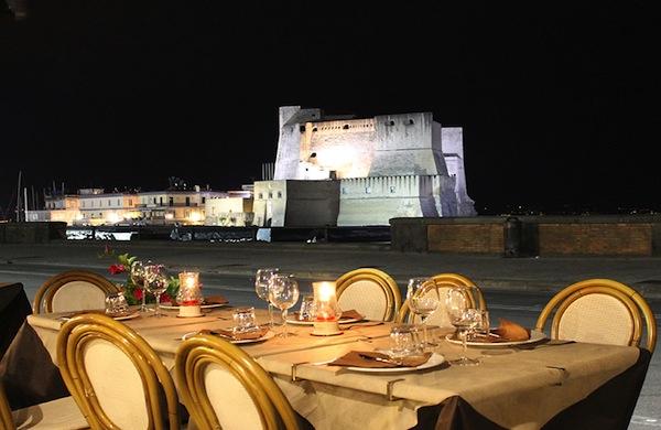 I Re di Napoli, ristorante e pizzeria sul Lungomare