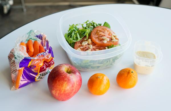Raw_Vegan_lunchtable_600c390