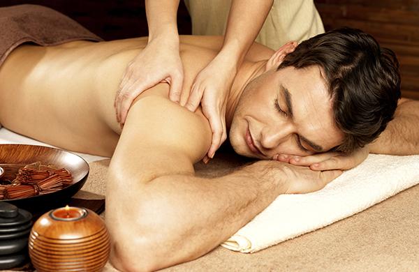 Tutto quello che c'è da sapere sul massaggio rilassante