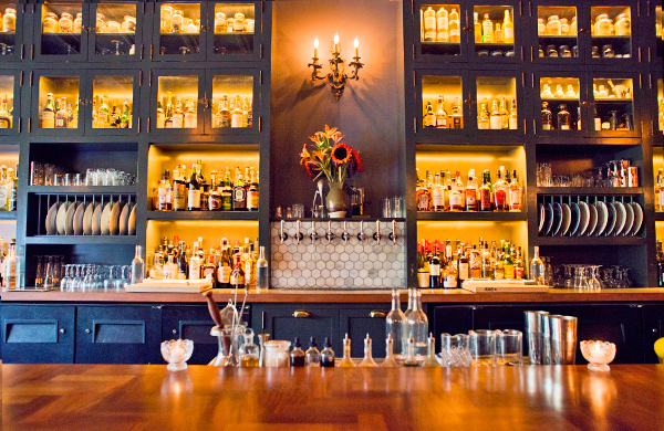 9 Best Cocktail Bars in Chicago