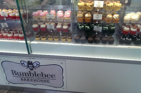Cupcakes at Bumblebee Bakehouse