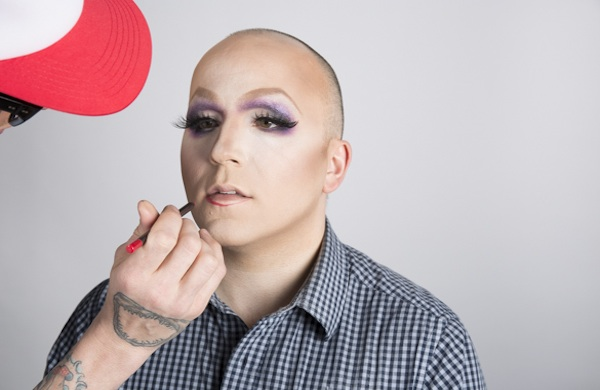 a drag race star shows a fan hes not undraggable lashes 600c390