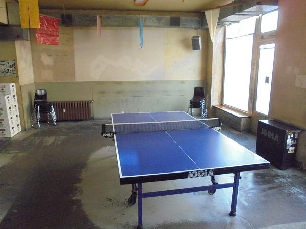 Dr. Pong - Tischtennisbar in Berlin