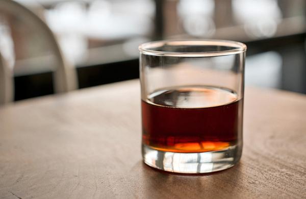 behind-the-bar-at-longman-eagle_drink_600c390