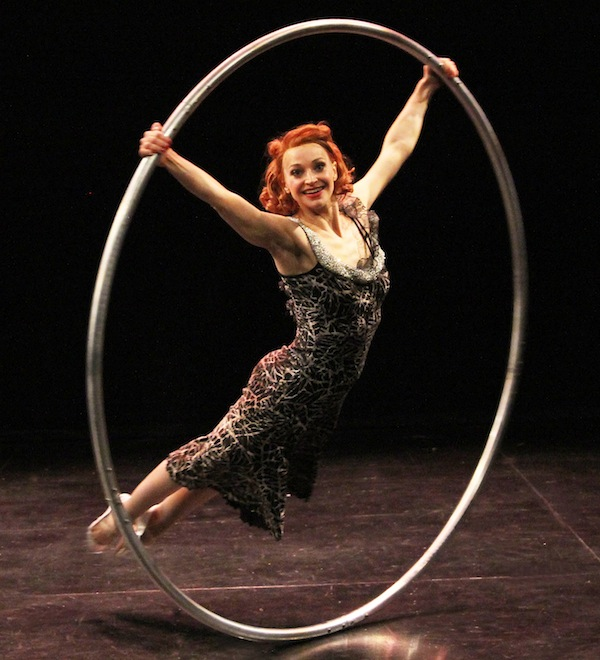 The-Five-Acts-We-Can't-Wait-to-See-at-the-Chicago-Contemporary-Circus-Festival-RendezVous_600c660