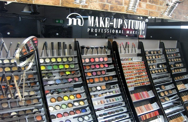Makeup in Make PUp Pro Store Belfast