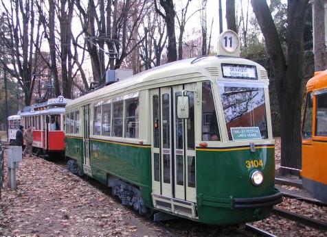 torino tram in città