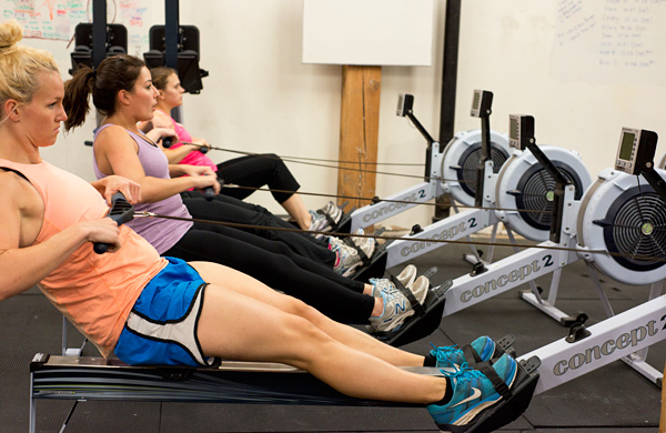 Choose-Your-Own-Workout-at-RowFit-Chicago_rowers2_600c390