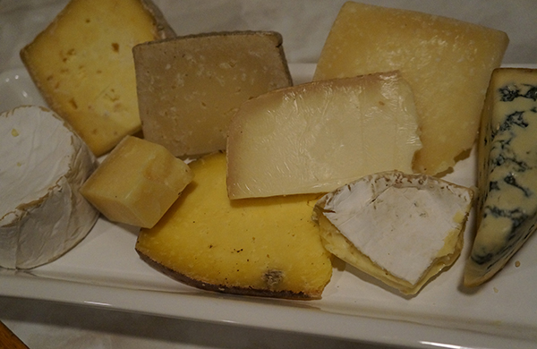 blogger_city_guide_seattle_local_cheeses_600c390