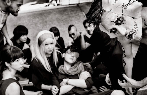 four-things-i-learned-about-japan-by-watching-music-videos_vampillia_600c390