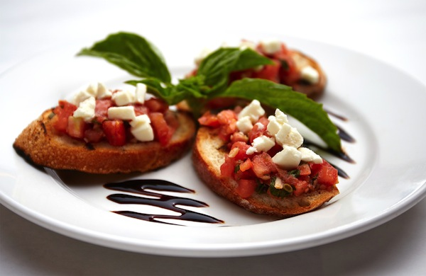 Bruschetta Then and Now: The Evolution of an Italian Staple