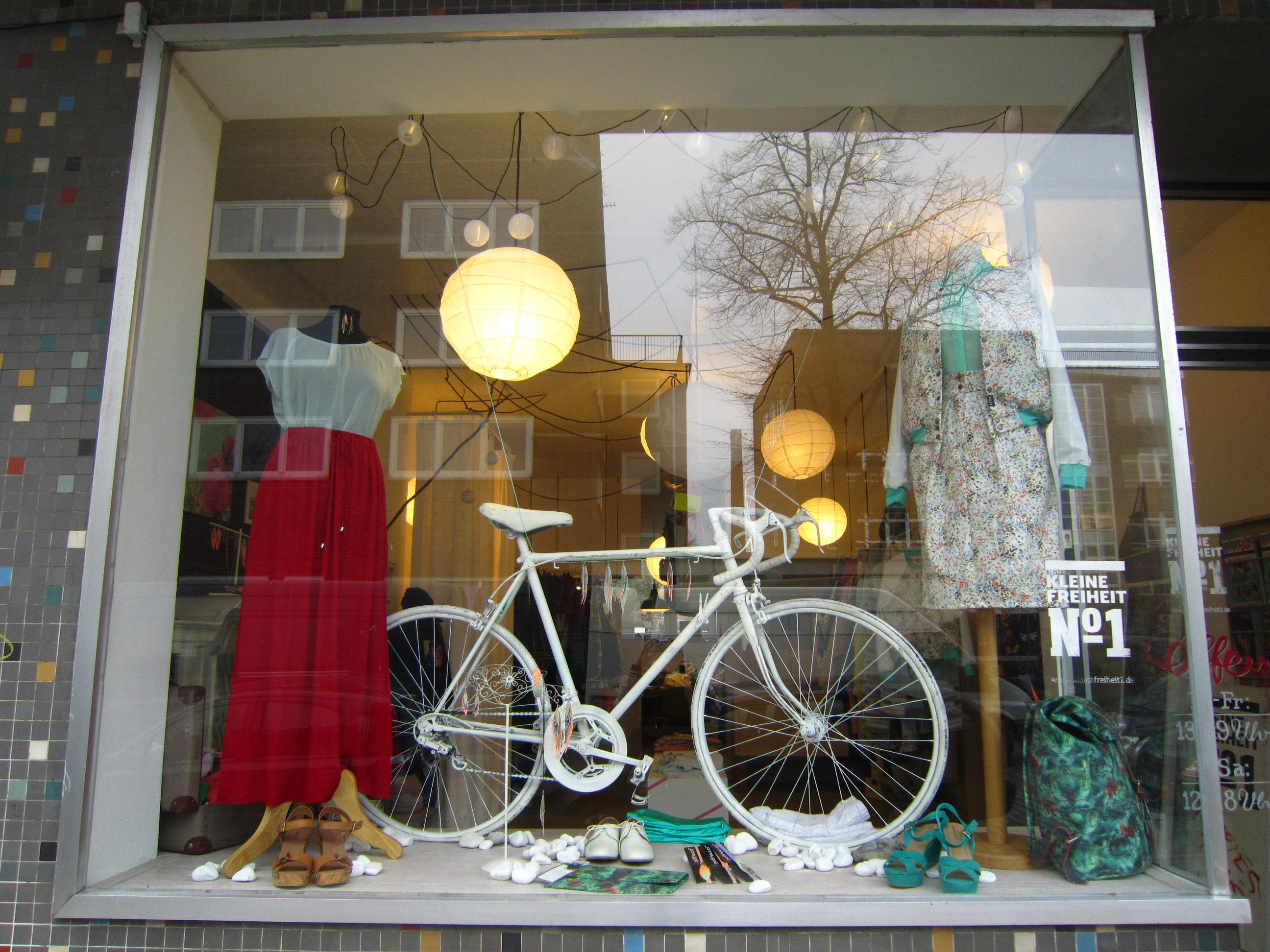 Kleine Freiheit Nummer 1 –  Heimat von [iksi] Streetwear, Jonneygold und Golden Age