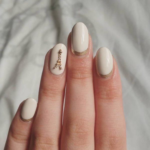 eiffel tower manicure