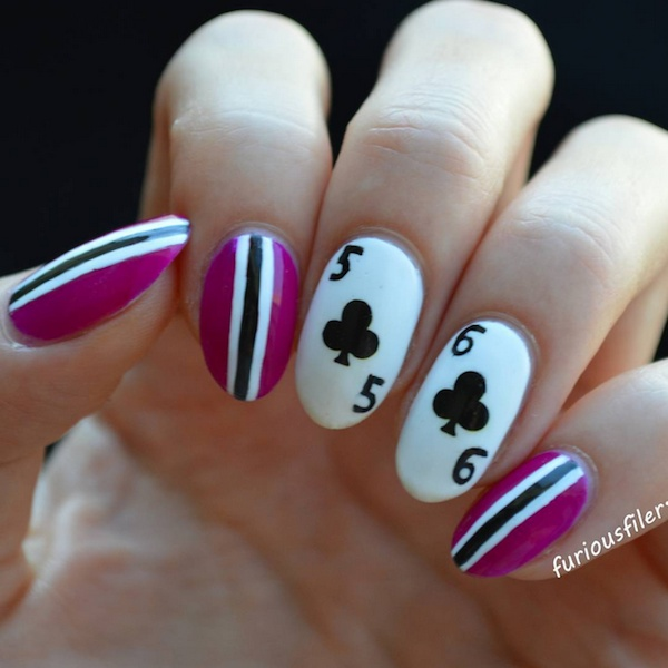 poker manicure