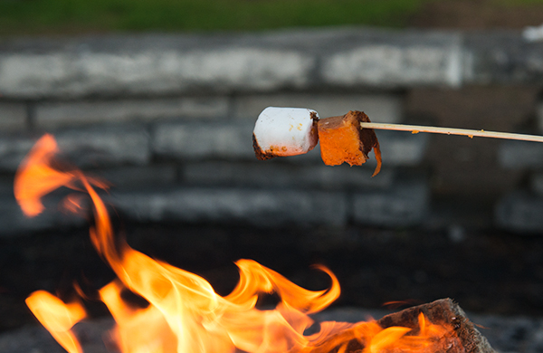roasted-marshmallows-are-so-over-smores_potato_600c390