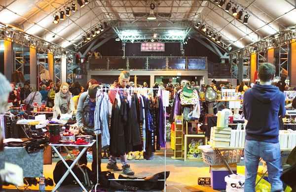 Die schönsten Flohmärkte in München: Nachtflohmarkt in der Tonhalle