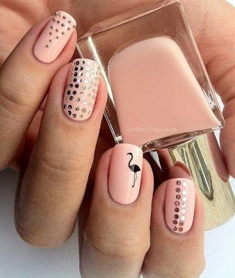 flamingo manicure