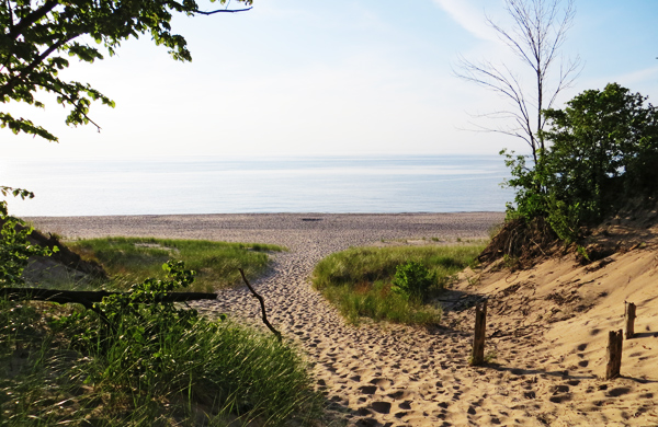 Indiana Dunes State Park: A Beachside Treasure in the Landlocked Midwest
