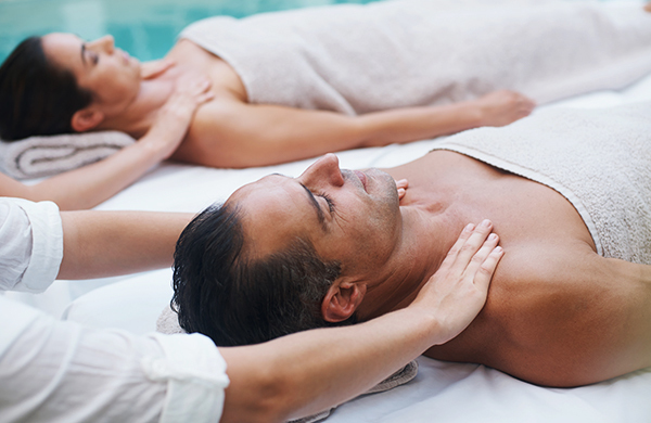 What is a couples massage what to expect for Spa weekend getaways for couples