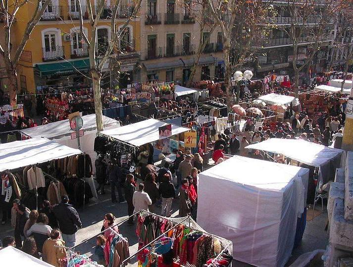 Mercadillos semanales en Madrid