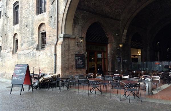 Cenare all'aperto a Bologna: tre zone da mettere in agenda