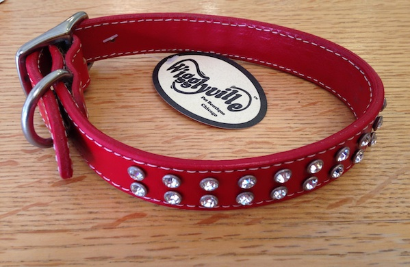shop-local-this-valentines-day-and-show-chicago-some-love_collar_600c390