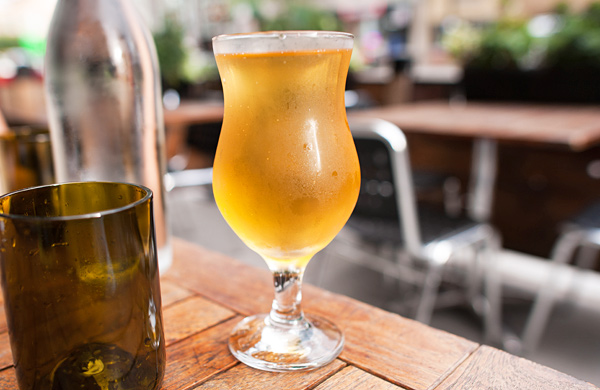 A-Global-Tour-of-the-Best-Hard-Cider-in-Chicago_farmhouse_600c390