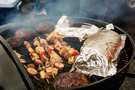 A-First-Timers-Guide-to-Chicago-Bears-Tailgating_grill_439c293