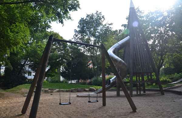 Spielplatz im Römerpark