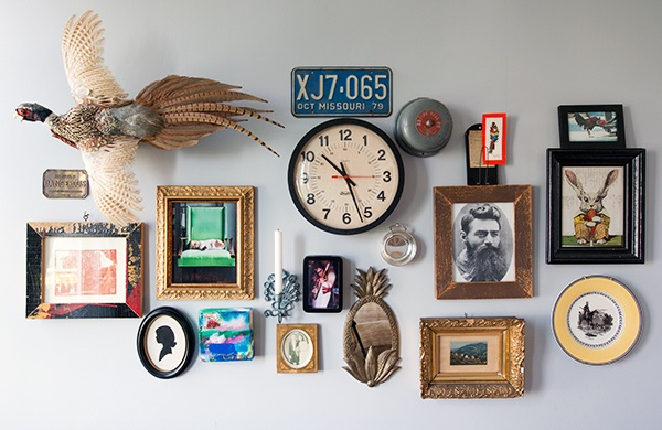 bang-bang-pie-shop-owner-fills-his-home-with-vintage-finds_collage_600c390