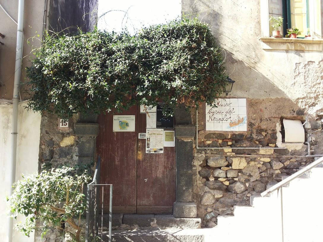 Casa del Nespolo