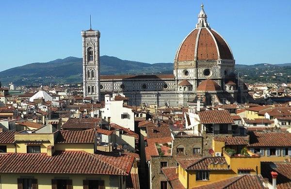 10 consigli per risparmiare a Firenze tra negozi, mercatini e iniziative