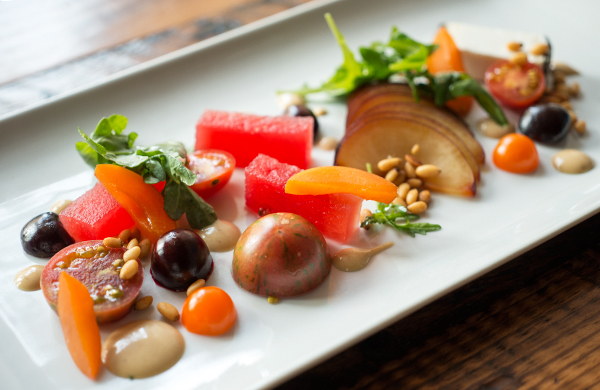 heirloom tomatoes flavorful dishes at four chicago restaurants salad
