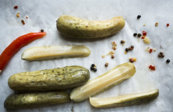 How to Make Crisp and Vinegary Dill Pickles