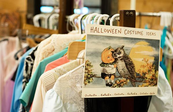 Quick Halloween Costume Ideas from Pilsen Vintage & Thrift