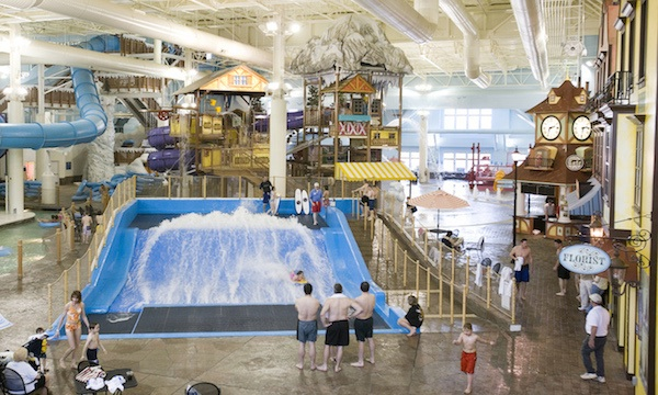 six-indoor-water-parks-to-visit-all-year-long_avalanche_bay_600c360
