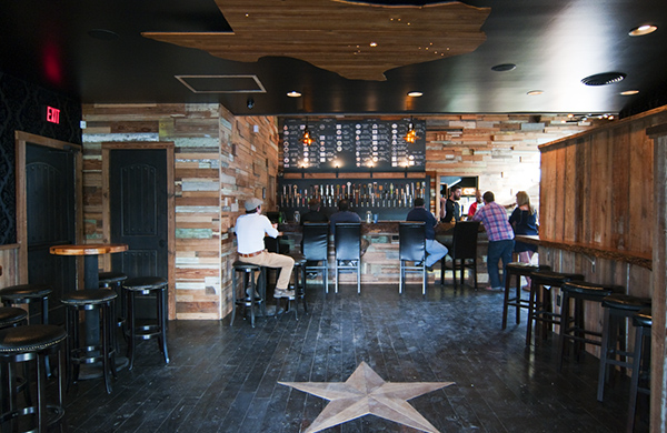 5 Great Spots for Craft Beer in Austin