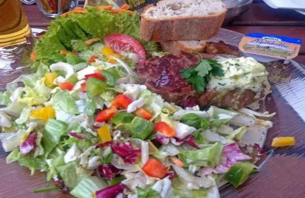 Sommer im Unkelbach, mit einem leckeren  und leichten Salat