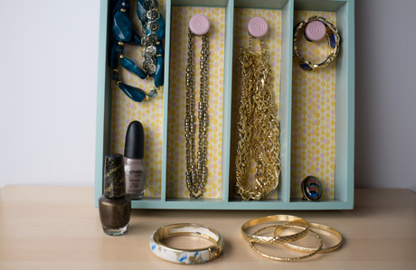Turn a Silverware Tray into a Jewelry Organizer