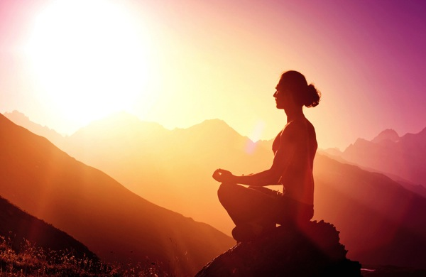 People Who Meditate are Happier - Learn How