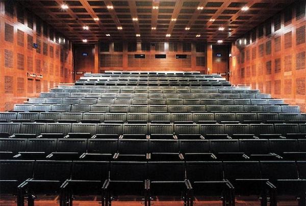 Spazio oberdan cinema e spazio multiforme milano - Cinema porta venezia milano ...