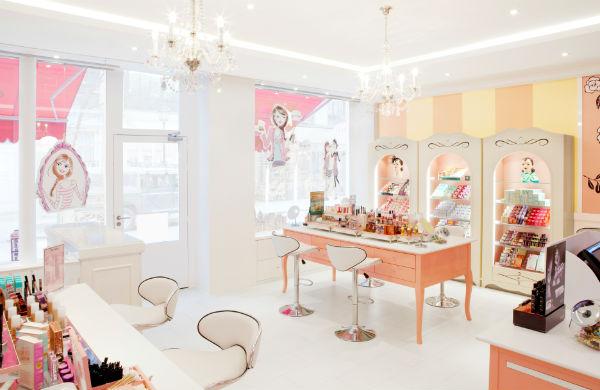 Benefit à Paris : maquillage et beauté sans prétention !