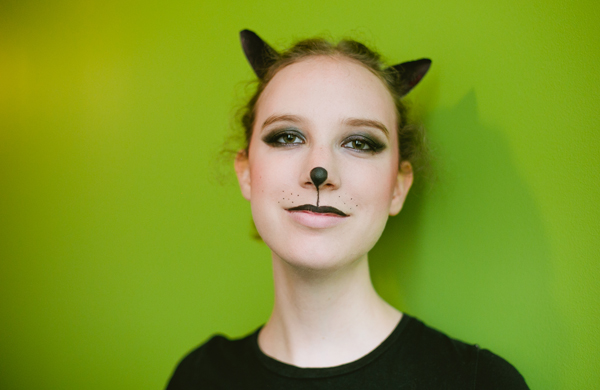 Halloween Makeup for a Grunge-Inspired Cat