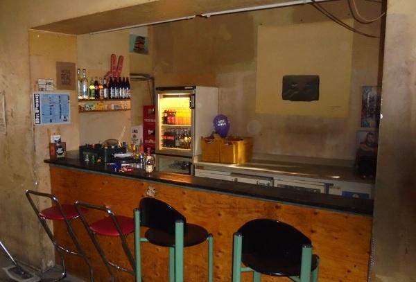 tischtennis clubs und bars in berlin. Black Bedroom Furniture Sets. Home Design Ideas