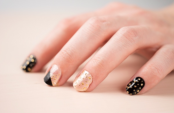 Five Nail Art Design Ideas to Spice Up Basic Manicures_Stickers