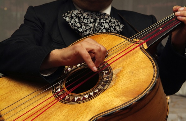 Mariachi Musicians Explain How to Get Attention (or Be Ignored)